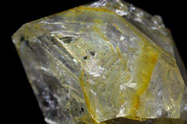 幸せの黄色い石ちゃん